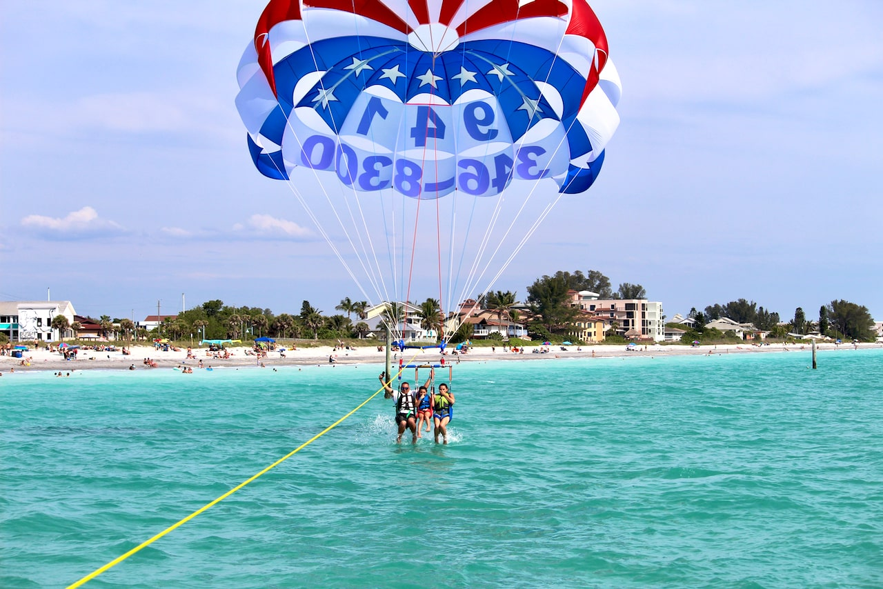 Englewood's Best Parasailng with #1 Rated Parasail Englewood