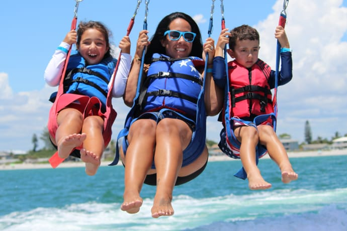 Parasail Englewood family group flight